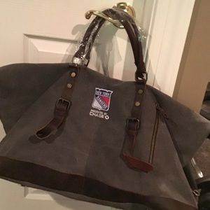 Other - NWT New York Rangers duffle bag